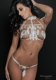 Lingerie Luxxa STRING NU CAGE A PLUMES